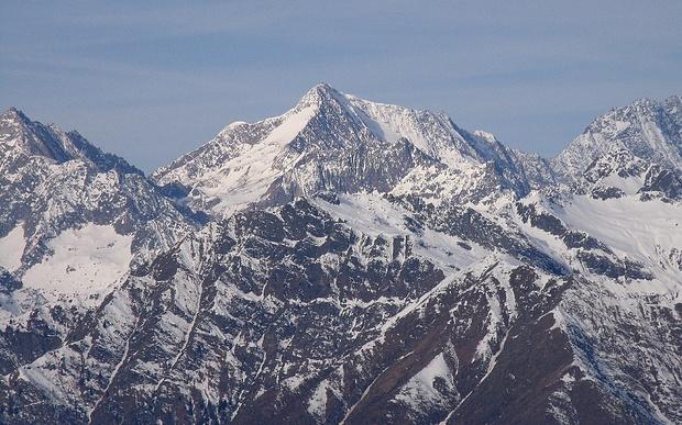 Von jeder Seite ein hübscher Berg...
