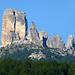 il gruppo delle 5 Torri visto da nordest con a sx la Torre Grande d'Averau...