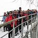 auf der Brücke über den Zmuttbach, eine ganz schön bunte Gruppe
