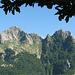 la cima nord del Monte Cavallo e a dx il Monte Contrario...