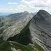 Dalla vetta nord del monte Cavallo,sguardo sulla cima principale e dietro a sx il monte Tambura...