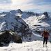 Die letzten Meter zum Gipfel der Schwarzen Hörner, dahinter Pizol