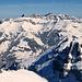 Blick zu den Gipfeln des Lidernengebiets.