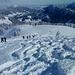 Sonnenhungrige Skitourengeher in Massen