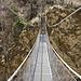 Hängebrücke über den Jolibach