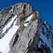 Mit Skischuhen wie der Esel am Berg... untere (Platte) und mittlere (Kante) Schlüsselstelle am Gipfelaufschwung