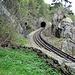 hier verschwindet die Bahn in den Tunnel, um kurz vor Salvan wieder ans Licht zu kommen