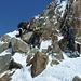 Die kleine Kletterstelle kurz unterhalb der Gipfelfelsen des Hauptgipfels