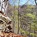 Auf der Rippe von Sassoì - entlang der Felswand ist es relativ flach
