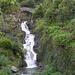 bella cascata e ponte in sasso