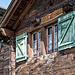 """Gemütliches Lüegju-Hüs. Dieses Haus war früher im Winter auf einen """"Schutz"""" (während einiger Zeit) bewohnt"""