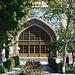 Երևան (Ere͡wan):<br />Im Garten der Կապույտ Մզկիթ (Kapowyt Mzkit'), Die Blaue Moschee in der Armenischen Hauptstadt. Die einzige Moschee in Ere͡wan wurde 1764-68 gebaut. Wähend der Sowjetzeit war sie ein Museum und wurde nach der Unabhängigkeit durch Iranische Hilfe vollständig renoviert.