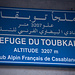Schild der Toubkal-Hütte.