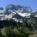 Mondäner Blickfang des Tages im Süden  - die imposante Hochkünzlespitzgruppe.