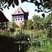 La casa - forte vista dallo stagno.