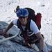 Sven im Tomaselli-Klettersteig. Was wohl alles in dem Rucksack drin ist?