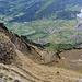 Im Abstieg auf den Chnorren (links im Bild) - aussichtsreicher, ausgesetzter Grat