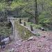 Brücke über den Rio Menta. Bei Hochwasser von strategischer Bedeutung.