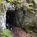 Hier führt der Weg durch einen Tunnel