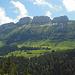 Teil der südlichen Kette des Alpstein (von links nach rechts: Stauberenkanzel, Hüser, Kirchli und Furgglenzahn)