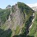 la via d'alpe salita vista dai pressi della Capanna Basodino