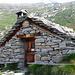 Bivacco Hinderbalmo: realizzato nel 1978 dal CAI Macugnaga, bell'esempio di recupero rurale, 3 posti letto, sempre aperto.