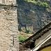 <br />Hinten die Häuser der Heiden<br />_____________<br /><br />Vorne die 'Chiesa dei Santi Luca e Fiorenzo' <br />_________________<br /><br />Heidenhaus und Kirchenhaus<br />_____________________<br /><br />Die Heiligen und die Heiden<br />_____________<br /><br />(Ameno - ERA)<br />[http://www.youtube.com/watch?v=RkZkekS8NQU]<br />______