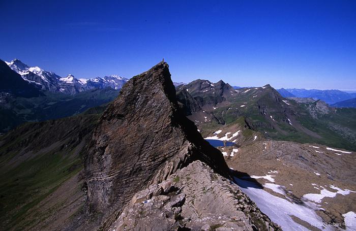 Klettersteig Schwarzhorn : Blick vom schwarzhorn klettersteig zurück zur grossi [hikr.org]