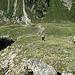 Abstieg ins Längental - links ist die Bachschucht zu erkennen