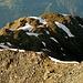 Blick vom Brunnethorn hinunter zum breiten Gipfel des Emshorn!