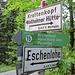 Am 16. Juni wandere ich die etwas monotone Forststraße hinauf bis zum Abzweig Richtung Krottenkopf - hier geht es auch zur Hohen Kiste.