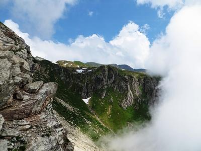 Blick in den Kessel oberhalb vom Alpeli.