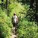 unterwegs auf schönen Waldpfaden