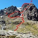 Nochmal ein Foto von der Route von der CIC-Huette (680m) aus gesehen vom Mai 2009: Im No.5-Gully (5) liegt noch Schnee. Links der Beginn des Ledge-Pfades (L) und rechts der Beginn des Grates am Pedestal (P).