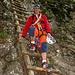Abstieg teilweise über Leitern zum Rucksackdepot