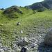 Auf 2350m (Steinmännchen) auf Pfadspuren zur Fuorcla Ajüz.