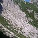 la lunga pietraia attraversata in val Caldera