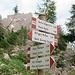 ..... wo mehrfach Wegweiser den Sentiero Quinto Scalet beschildern.