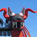 einer der drei Drachenhunde des Bühnenbildes der Bregenzer Festspiele
