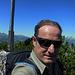 Gipfelfoto vom Gafleichöpfli, einem Gipfel der hier viel Konkurrenz hat. Aber wer eh schon am Weg liegt und ein Kreuz drauf hat, wird nach Möglichkeit auch bestiegen.