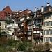 Blick von der Münsterplattform auf die Häuserzeile oberhalb der Fricktreppe.