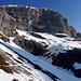 Pour accéder à Gemschtobel, il faut quitter les skis pour quelques dizaines de mètres