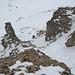 Abstieg durch das felsdurchsetzte Gipfelcouloir