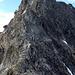 Chapütschin/Schwarzkopf Nordgrat und südlicher Vernelasattel:  welch ein Trümmerfeld auf der Nordwestseite, dekoriert mit frischen Ausbrüchen. Nein danke, wir verzichten!