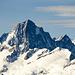 Neujahr 2008: vom Stellibodenhorn bietet sich ein Blick zu den Berner Alpen, auf die markante Ostseite des Finsteraarhorn (4274m). Links im Vordergrund der Oberaargletscher mit dem Oberaarhorn (3631m). Rechts im Bild das Agassizhorn (3953m).