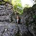 Leichte Kletterei im Abstieg