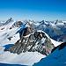 Walliser Gipfelmeer vom Castor (4223 m) aus gesehen. Zahlreiche prominente Zacken!
