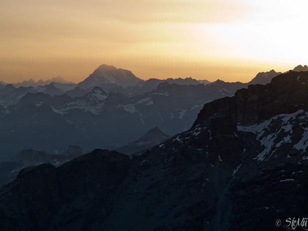 Abendstimmung am Rifugio Quintino Sella (3585 m)