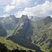 auf diesem Bild sind eine ganz Menge interessanter Alpsteingipfel zu erkennen