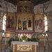 Chiesa di Zell. L'altare centrale nel 2012 durante i restauri che hanno interessato tanto l'interno che l'esterno della chiesa.